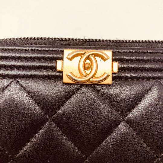 Chanel CHANEL SMALL ZIPPED BOY WALLET Image 5