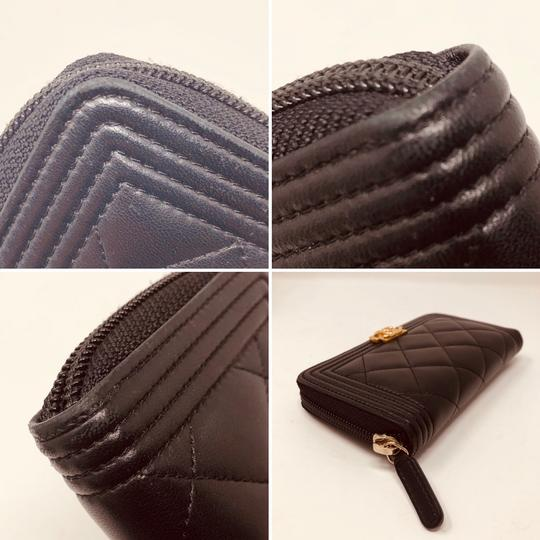 Chanel CHANEL SMALL ZIPPED BOY WALLET Image 9