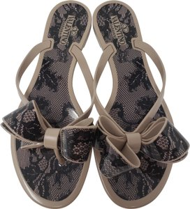 b93fade1b Valentino Jelly Bow Embellished Rockstud Lace Beige Sandals
