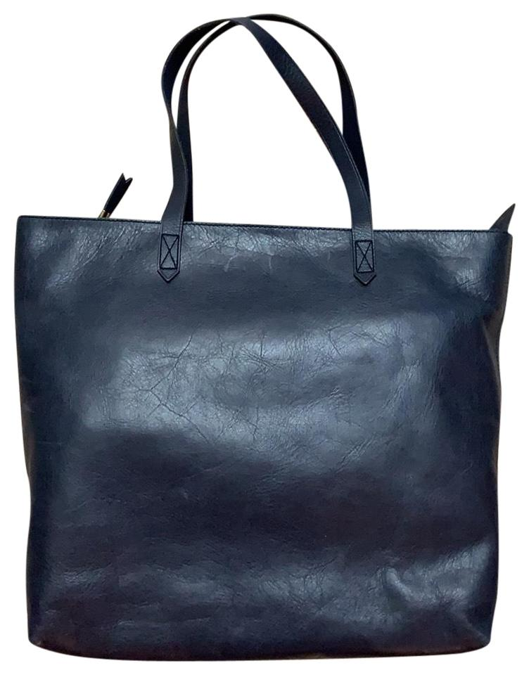 297d434e17d5 Madewell Ziptop Transport Leather Tote in deep navy Image 0 ...