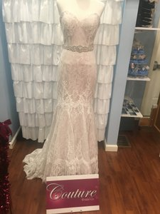 Allure Bridals Antique Ivory Lace 2916 Traditional Wedding Dress Size 10 (M)