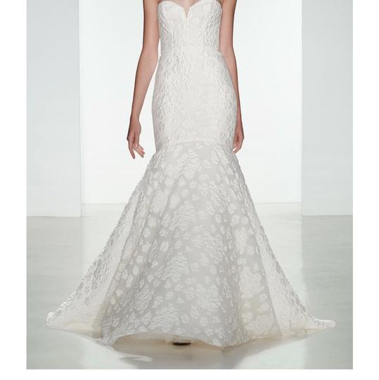 Pre Owned Wedding Gowns