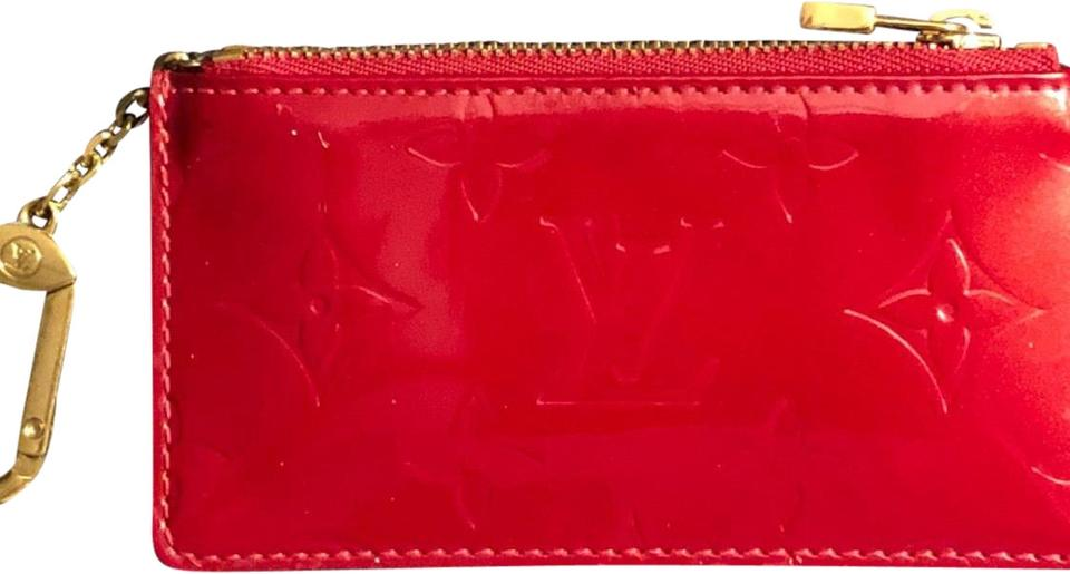 f2f9362dba48 Louis Vuitton Louis Vuitton Cles Coin Key Pouch In Vernis Leather Image 0  ...