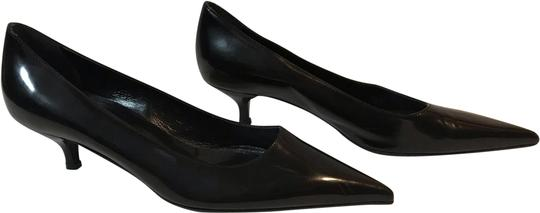 Preload https://img-static.tradesy.com/item/24887456/prada-black-classic-pumps-size-eu-365-approx-us-65-regular-m-b-0-1-540-540.jpg