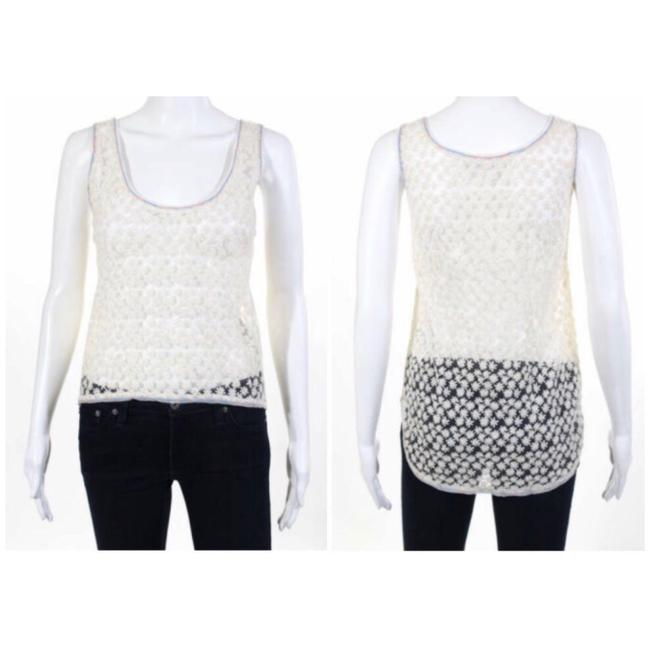 Preload https://img-static.tradesy.com/item/24887634/cream-floral-lace-blouse-size-2-xs-0-0-650-650.jpg