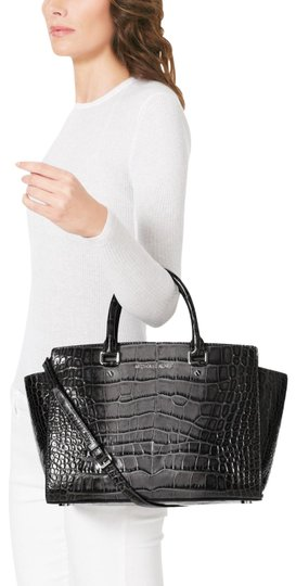 Preload https://img-static.tradesy.com/item/24887930/michael-kors-selma-large-crocodile-new-with-tags-greysilver-hardware-embossed-leather-satchel-0-1-540-540.jpg