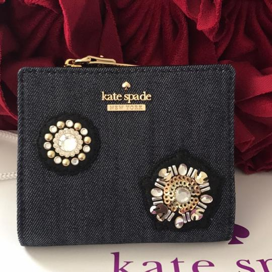 Kate Spade Kate spade wallet new with gift box!