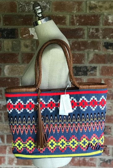 Tory Burch Tote in chambray Image 10