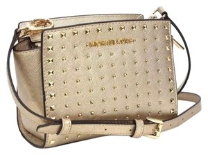 Michael Kors on Sale - Up to 80% off at Tradesy 136ffd624aed