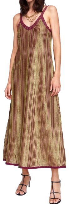 Item - Burgundy and Gold Limited Edition with Metallic Thread Long Night Out Dress Size 8 (M)