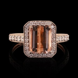 Rose Gold 2.58ct Morganite and 0.43ctw Diamond 14kt Ring