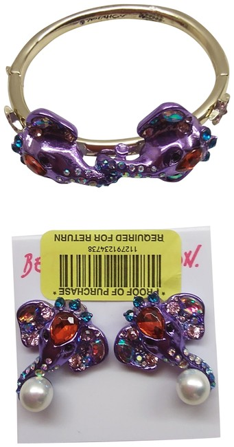 Item - Purple New Elephant Bracelet & Earrings