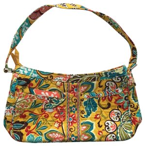 91d4d9e8e2 Vera Bradley Shoulder Bags - Up to 90% off at Tradesy (Page 2)