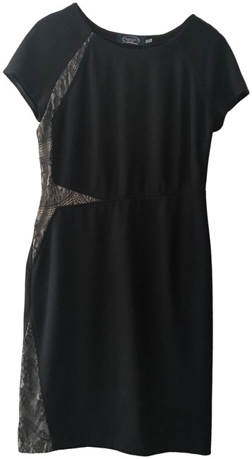 Item - Black Short Sleeve Lace Detail Mid-length Work/Office Dress Size 12 (L)