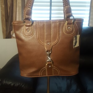 Jaclyn Smith Tote in Brown