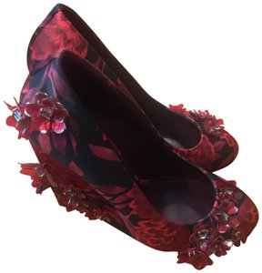 Tory Burch black and red with silver and red floral accents Wedges