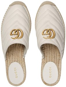 0b2bb9d7bc08 Women s White Gucci Shoes - Up to 90% off at Tradesy (Page 2)