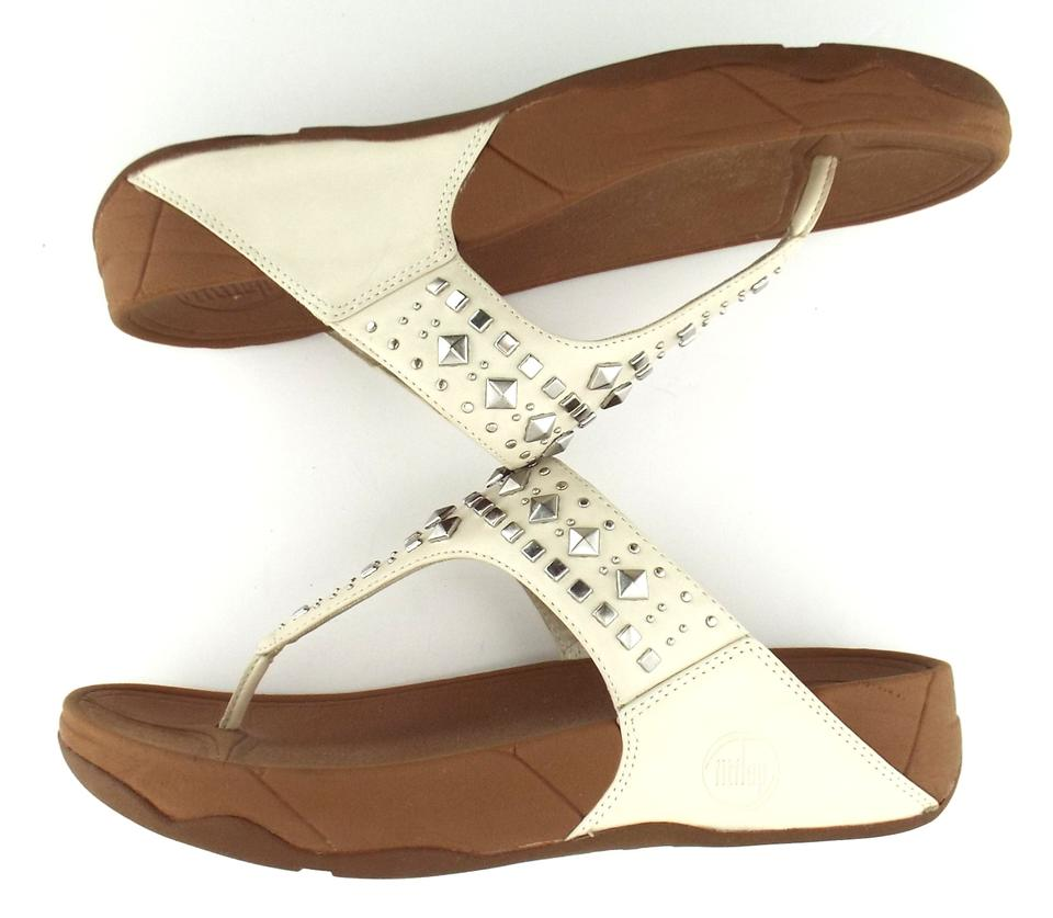 43c48aea6 FitFlop Urban White Studded Flip Flop Thong Sandals Size US 8 Regular (M