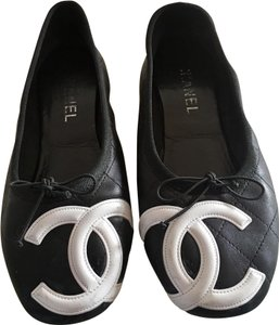 5297ecfcd Chanel Cambon White And Cc Leather Quilted Black Flats