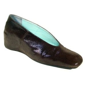 27a4ef65f59 Thierry Rabotin Reptile Wet Look Pumps Dark Brown Wedges