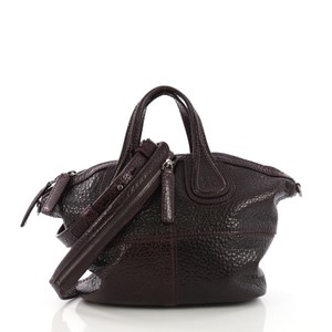 Givenchy Crossbody Bags - Up to 70% off at Tradesy c0fd45d4f267f