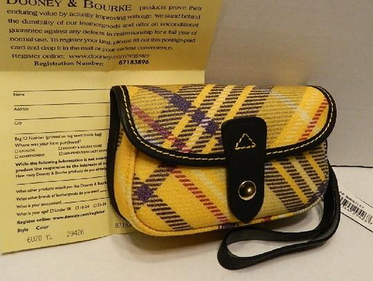 Dooney & Bourke New With Tags Plaid Dooneybourke Wristlet in Yellow/Black/Multicolor Image 6