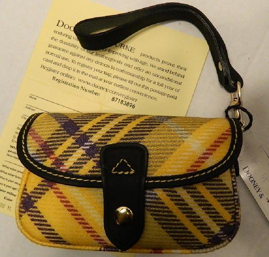 Dooney & Bourke New With Tags Plaid Dooneybourke Wristlet in Yellow/Black/Multicolor Image 8