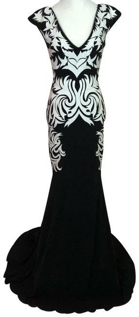 Item - Black Ivory V-neck Cap Sleeve Semi Open Square Fit & Flare Long Formal Dress Size 0 (XS)