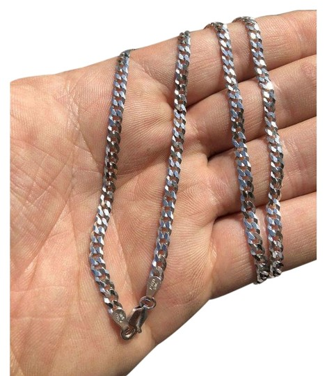 Preload https://img-static.tradesy.com/item/24894286/ladies-18-solid-925-silver-4mm-flat-cuban-chain-made-in-italy-amazing-0-1-540-540.jpg