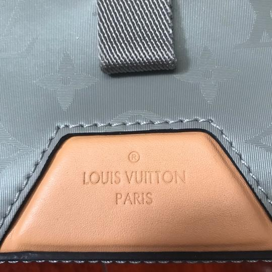 Louis Vuitton Cross Body Bag Image 3