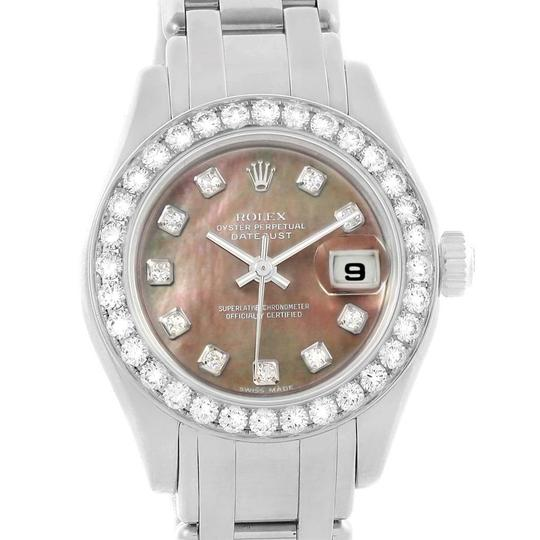 Preload https://img-static.tradesy.com/item/24894477/rolex-mother-of-pearl-pearlmaster-18k-white-gold-mop-diamond-ladies-80299-watch-0-2-540-540.jpg
