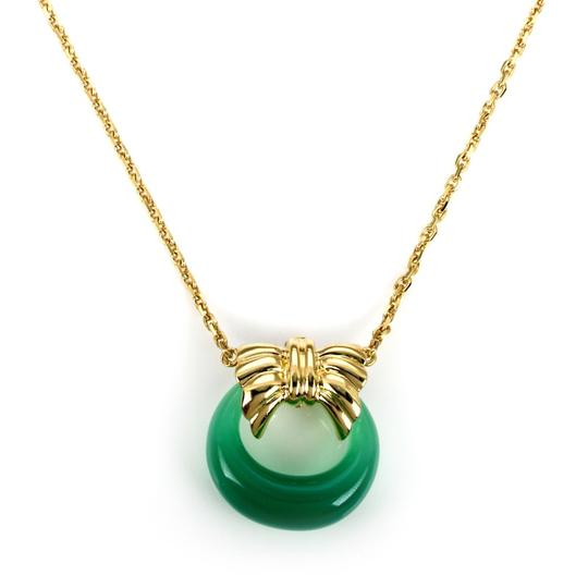 Preload https://img-static.tradesy.com/item/24894550/van-cleef-and-arpels-23146-green-onyx-18k-yellow-gold-wreath-pendant-necklace-0-0-540-540.jpg