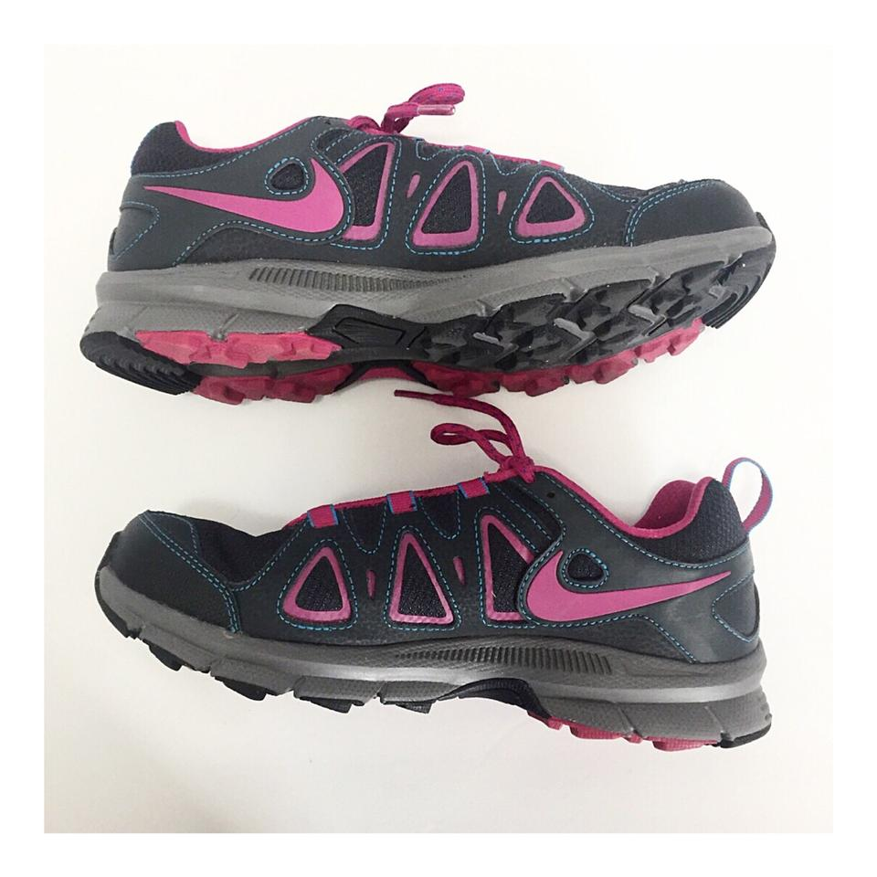 outlet store 9dee6 9658a Nike Gray & Fuchsia Alvord 10 Trail Running Sneakers Size US 8.5 Regular  (M, B)
