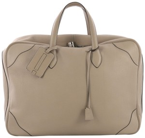 24a9a9ad1159 Hermès Victoria Ii Clemence 50 Taupe Leather Weekend Travel Bag ...