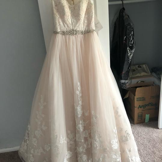 Stella York Ivory/Moscato/Almond Tulle/Lace Ballgown Formal Wedding Dress Size 8 (M) Image 2