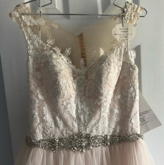 Stella York Ivory/Moscato/Almond Tulle/Lace Ballgown Formal Wedding Dress Size 8 (M) Image 5