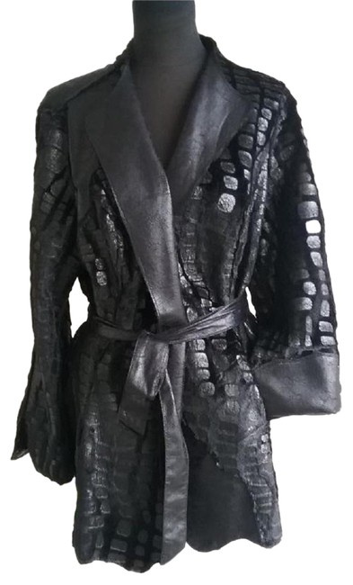 Preload https://img-static.tradesy.com/item/24897177/black-reversible-distressed-faux-leathersuede-fur-coat-jacket-size-8-m-0-1-650-650.jpg
