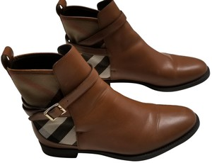 Burberry Richardson Ankleboot Brown, Plaid Boots