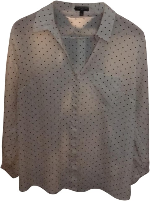 Preload https://img-static.tradesy.com/item/24898001/the-limited-black-and-white-blouse-button-down-top-size-12-l-0-1-650-650.jpg