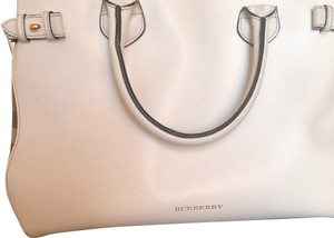 Burberry Satchel in white