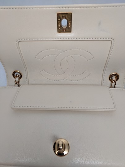 Chanel Mademoiselle Vintage Flap White Shoulder Bag Image 8