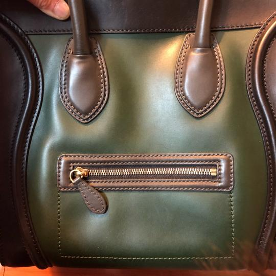 Céline Tote in black green with grey handle Image 15