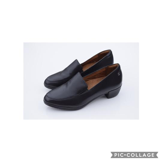 Preload https://img-static.tradesy.com/item/24898991/shoes-for-crews-black-loafer-pumps-size-us-75-regular-m-b-0-0-540-540.jpg