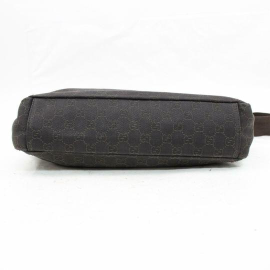 Gucci Croissant Half Moon Messenger Cross Body Bag Image 6