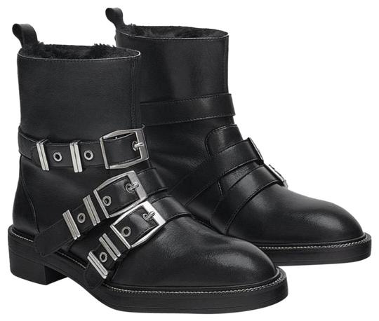 Preload https://img-static.tradesy.com/item/24898995/zara-black-new-lined-leather-biker-ankle-with-bootsbooties-size-us-10-regular-m-b-0-1-540-540.jpg