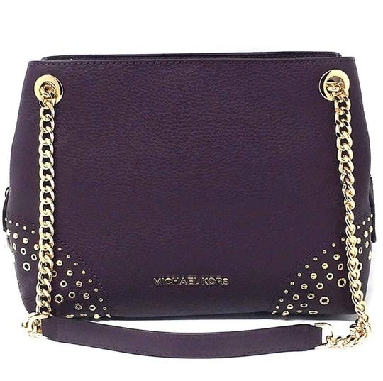 Preload https://img-static.tradesy.com/item/24899174/michael-kors-jet-set-medium-chain-messenger-damson-leather-cross-body-bag-0-0-540-540.jpg