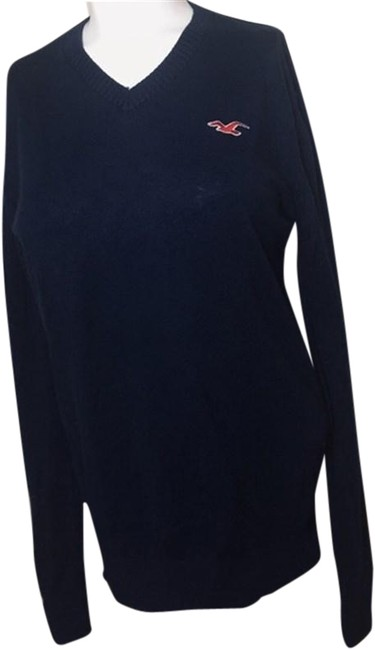 Preload https://img-static.tradesy.com/item/24899263/hollister-women-s-small-v-neck-sweater-0-1-650-650.jpg