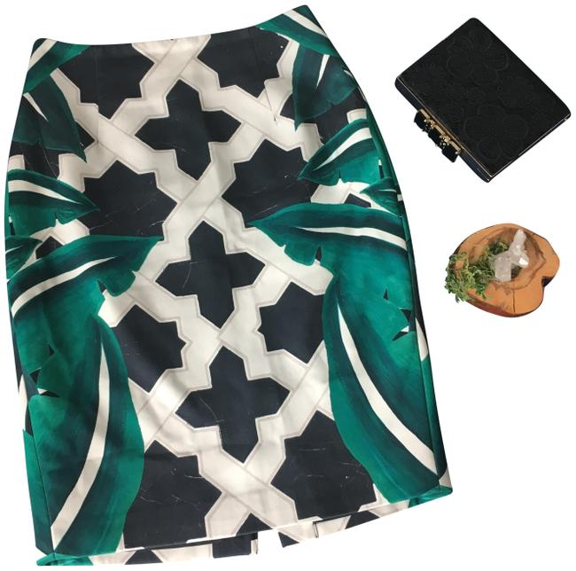 Preload https://img-static.tradesy.com/item/24899360/cmeo-collective-green-cmeo-fka-high-contrast-geometric-palm-print-pencil-skirt-size-4-s-27-0-1-650-650.jpg