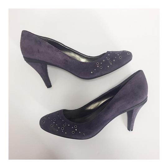 Preload https://img-static.tradesy.com/item/24899494/kenneth-cole-reaction-purple-suede-little-chicky-pumps-size-us-9-regular-m-b-0-2-540-540.jpg