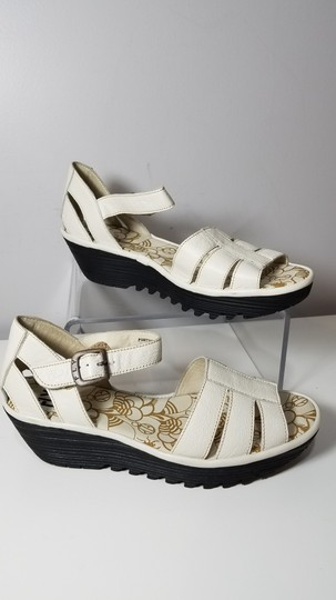 FLY London off-white Sandals Image 4